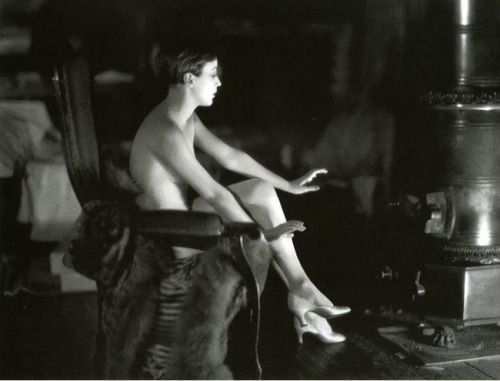 Bessie Love - 1928 Photo by Jame Abbe