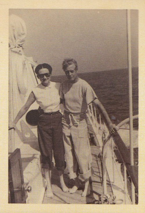 vintage-royalty:  Wallis and David, 1951. They just look terribly normal in this picture, don't they?