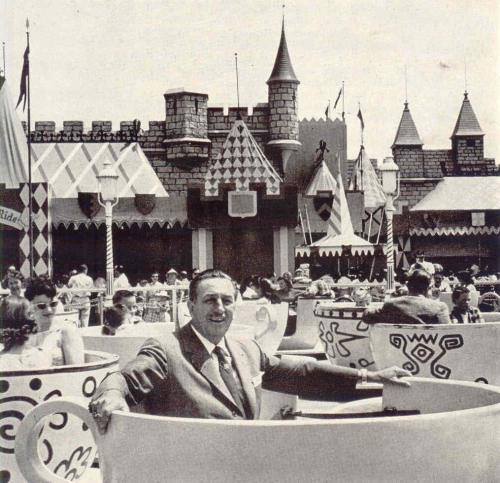 missdisneyland:  Walt in a teacup!