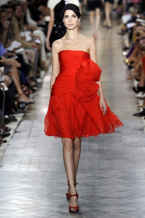 glamour:  A fabulous red dress to kick-start this post-holiday Monday - from Giambattista Valli's debut couture collection. Photo: Fairchild Archive