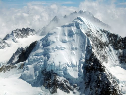 whatismyanmar:  Hkakabo Razi is the highest mountain in Southeast Asia and situated in most northern part of Myanmar. Isn't it amazing to see an ice mountain in Myanmar where you can also find burning area like Bagan?