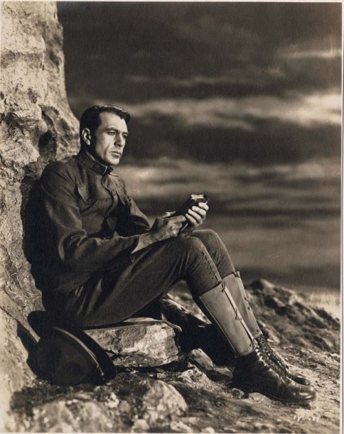 Gary Cooper in Howard Hawks' Sergeant York, 1941