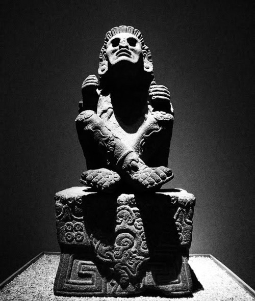 thelightandthedark:  Xochipilli -Aztec God of art, games, beauty, dance, flowers and song. 16th century statue Museo Nacional de Antropologia - Mexico City