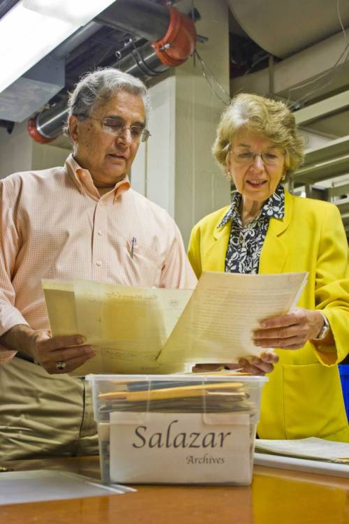 USC Annenberg Professor Félix Gutiérrez and librarian Barbara Robinson of the USC Libraries' Boeckmann Center for Iberian and Latin American Studies look through the Rubén Salazar archives