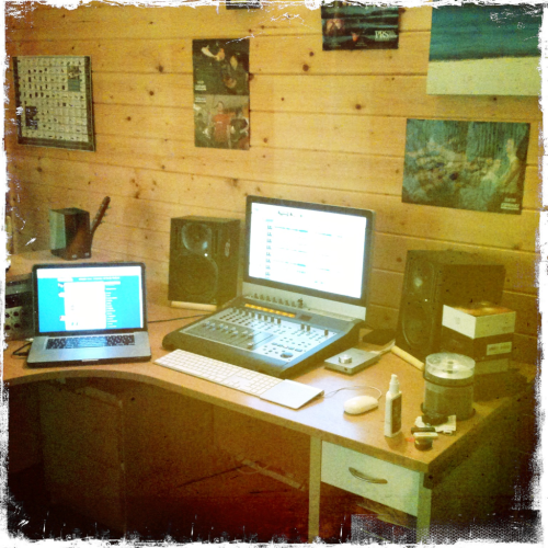 The current studio setup. Waiting for new monitors to replace the current ones.