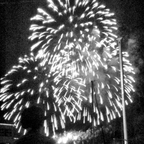 Fireworks (Taken with Instagram at Gasworks Park)