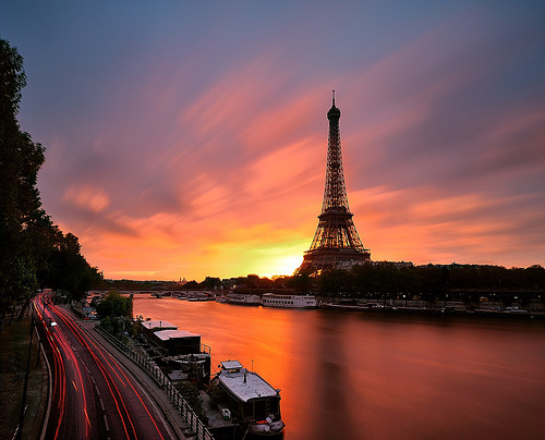 cordisre:  Sunrise To Eiffel Tower ~ Paris, France (by Yannick Lefevre)