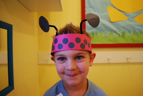 teachpreschool:  (via Brilliant Beginnings Preschool: L is for Ladybug Hat)