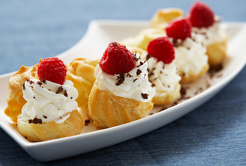 fetishforfood:  CreamPuffs (by Food Thinkers) (click source for recipe)
