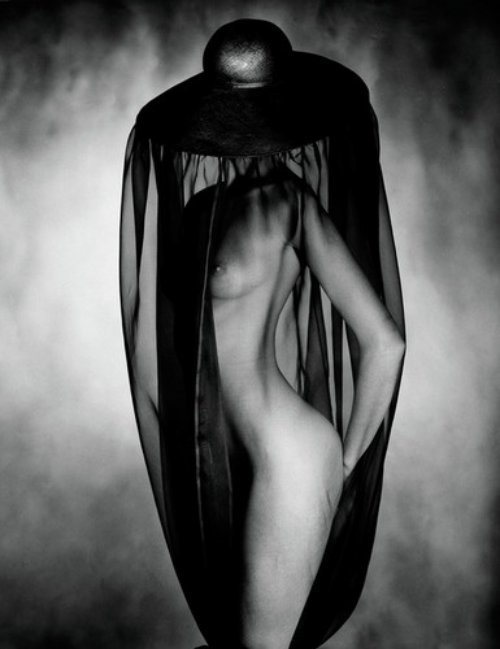billyjane:  Nude Under Black Hat , 1980 by John Swannell *  via the dead can dance