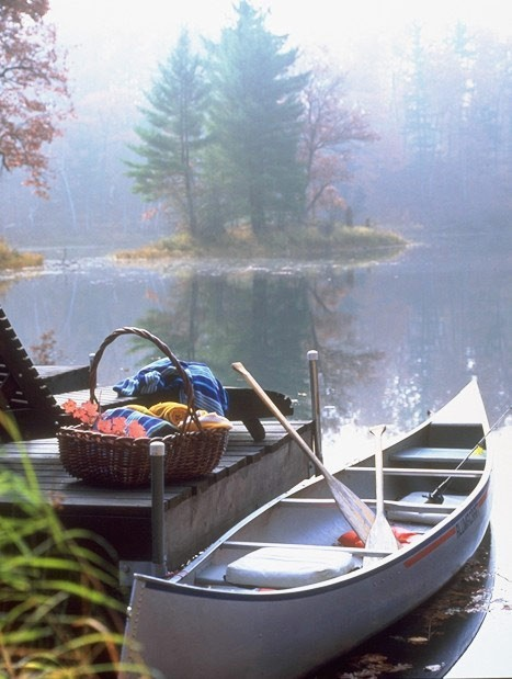 A romantic canoe picnic on Lake Wahdoon, Wisconsin (via Rivers Streams and Lakes / Canoe picnic.)