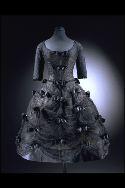 omgthatdress:  Yves Saint Laurent for Dior dress ca. 1958 via The Victoria & Albert Museum