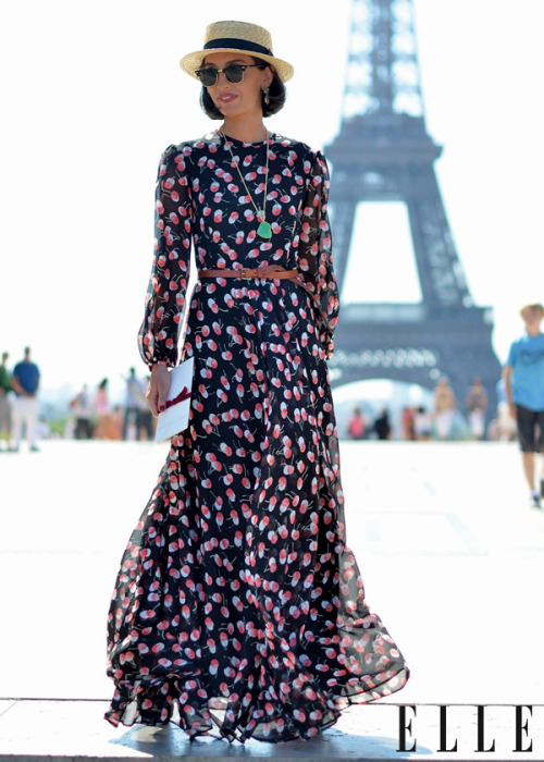 Street Chic: Paris Bonjour! We're shooting amazing street style during the couture shows. Check back on Friday to see the best of them! Photo: Courtney D'Alesio