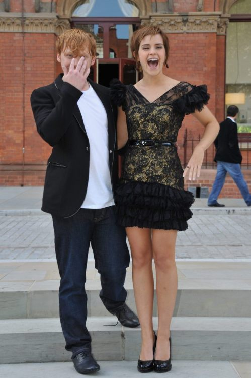 suicideblonde:  Rupert Grint and Emma Watson at the London photocall for Harry Potter and the Deathly Hallows: Part 2 today