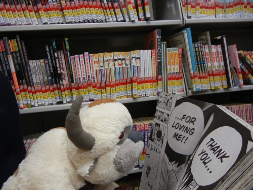 APPA OCCASIONALLY LIKES TO UNWIND WITH SOME MANGA.  BRRRRRRRRMMMMOOAWWWWWHHHHHRRRR.