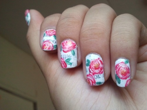 "herphany:  Roses over newsprint nails. I call it my ""poetry"" nails. LOL"