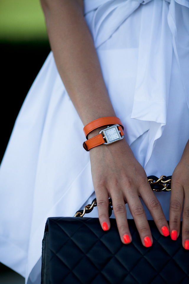 neon nails are an unexpected twist to this little white dress!