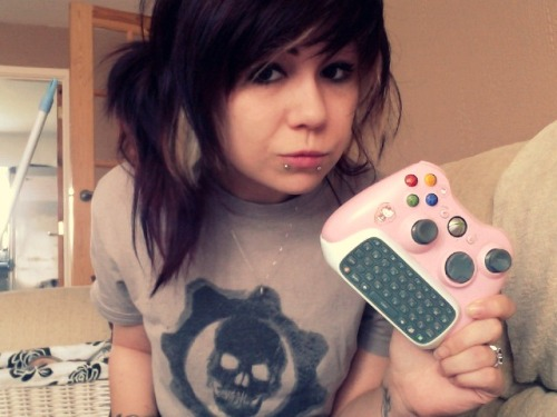 chillbacca:  gamefreaksnz:  I assure you, actual hardcore girl gamers - Are far from dead.  Fuck 360, when you can play StarFox 64 like a pro then we'll talk.  HARDCORE GAMERS DON'T TAKE PICTURES OF THEMSELVES EXPLAINING THEY ARE HARDCORE GAMERS.  I HATE LIFE