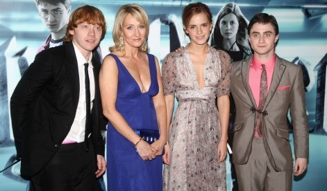 The London premiere of 'Harry Potter' is happening RIGHT NOW!  Watch live, streaming coverage of Daniel, Emma, Rupert & more with Moviefone.com!