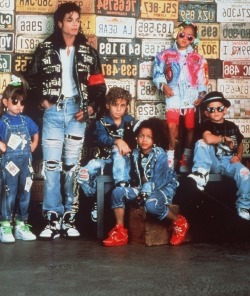 dude-waht-gives:  releasethebeat:  80's Swagg w/ MJ  smhhh look wat we lost ..