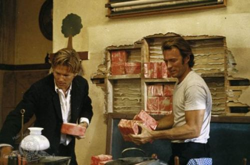 fyeahclinteastwood:  Still of Clint Eastwood and Jeff Bridges in Thunderbolt and Lightfoot (1974).