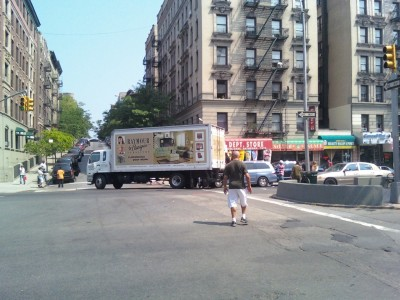 nice! raymour & flanigan delivery truck in action on upper bway