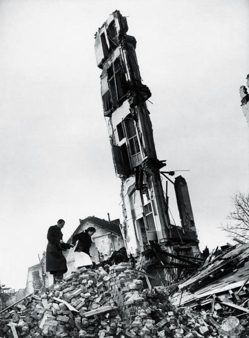 melisaki:  civilians threading their way through the ruins of Cologne photo by Margaret Bourke-White, 1945