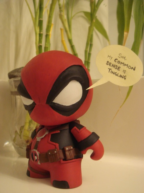 nekomitsurugi:  Deadpool munny by mechakami