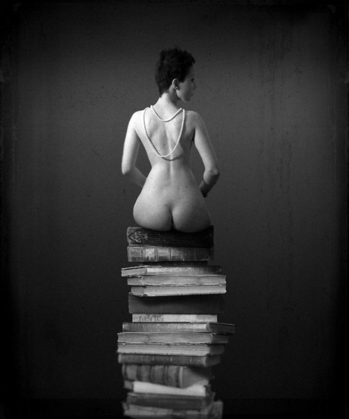 The Book's Lover by Damiano Cali.
