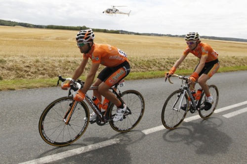 Tour de France 2011 | Stage 7 Helicopter shot! Bonus hardy carrots. AFP PHOTO / JOEL SAGET (via Spain's Ruben Perez Moreno (L) Rides - Yahoo! Sports Photos)