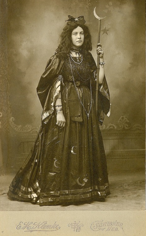 tuesday-johnson:  ca. 1885, [portrait of a woman in a celestial dress] via KingKongPhoto's photostream on Flickr