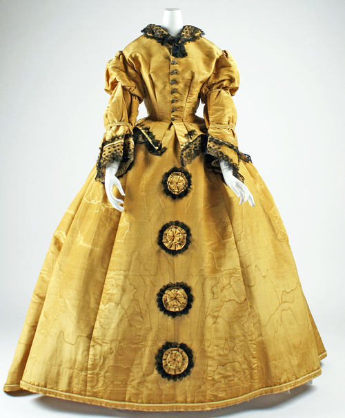 omgthatdress:  Dress ca. 1867-1868 via The Costume Institute of the Metropolitan Museum of Art