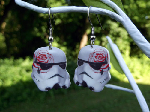 sogeekchic:  Girly stormtrooper earrings available from BohemianCraftsody