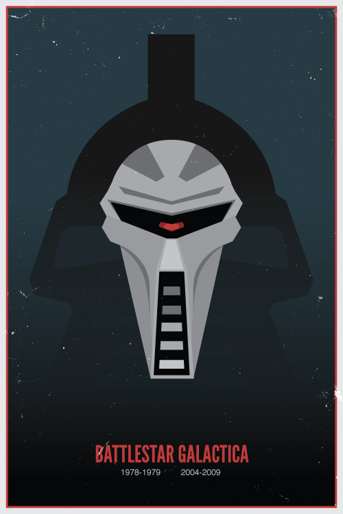 drawsgood:  Thought it would be fun to mash up the old Cylon centurion design with the new one.