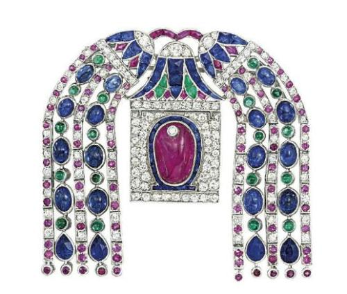 omgthatdress:  Cartier brooch ca. 1925 via Christie's