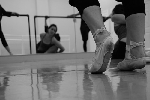 Warm Up Class by Carolyn Paine on Flickr.