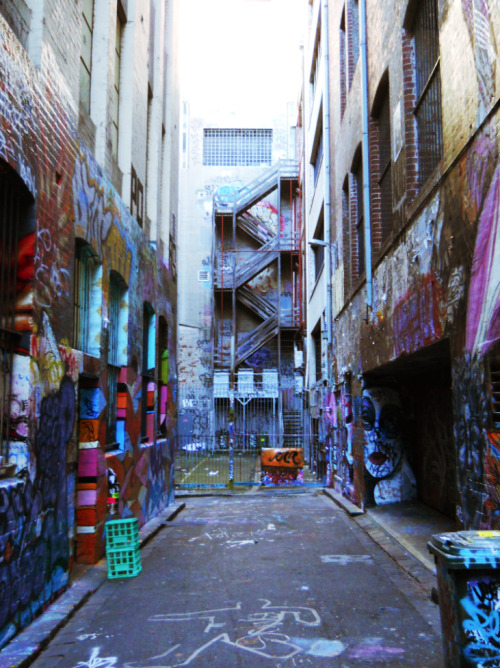 melbourne alleys. miss this.