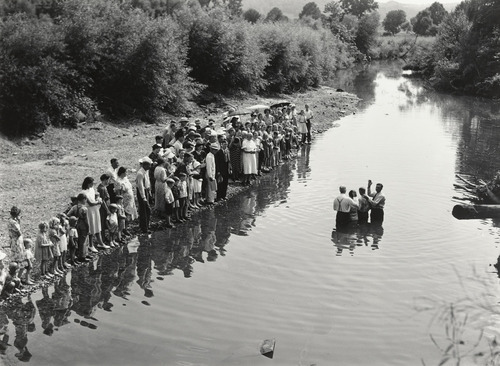 bremser:  Marion Post Wolcott, Baptism in Triplett Creek, Rowan County, Kentucky, 1940