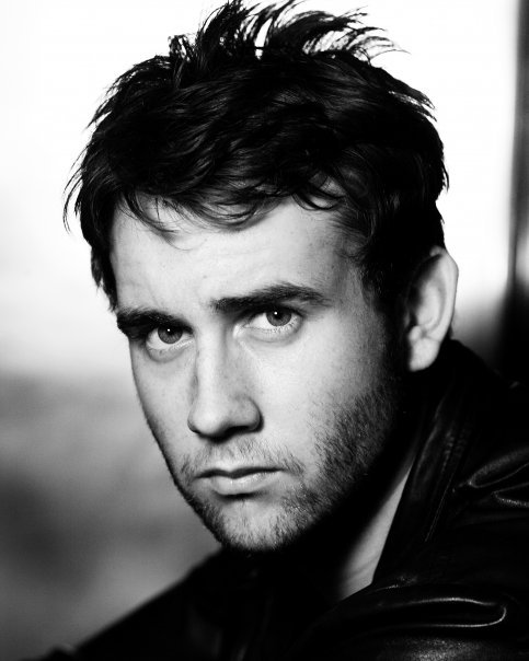 futureflashback:  fuckyeahneilmcneil:  Attention World: Neville Longbottom has grown up.   Still remember when I saw this guy on the busHis friends kept teasing him cos my mate stuart had Harry potter-esque glasses  Seriously old picture off Matt.