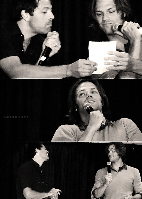jaredgrrl:  Jared & Misha at the Supernatural NJ Convention. Original photos here.