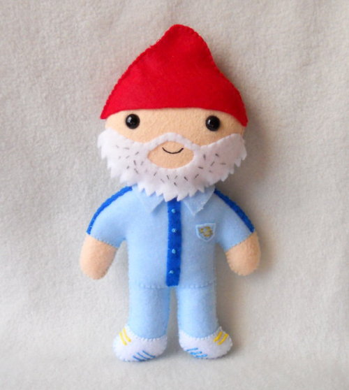 Plush Steve Zissou from The Life Aquatic by misscoffee.