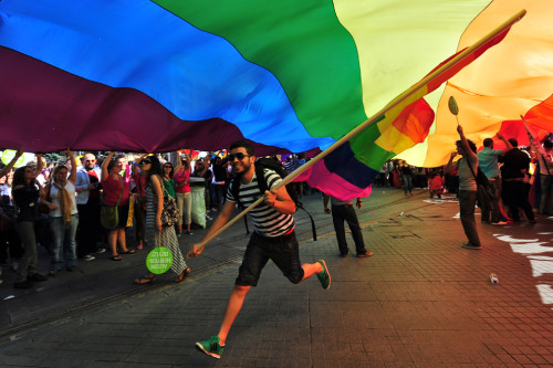 danejeffrey:  People take part in the gay pride parade on Istiklal Avenue in Istanbul on June 26, 2011. (Mustafa Ozer/AFP/Getty Images) More photos here.  Move love for Istanbul just came up you guys.