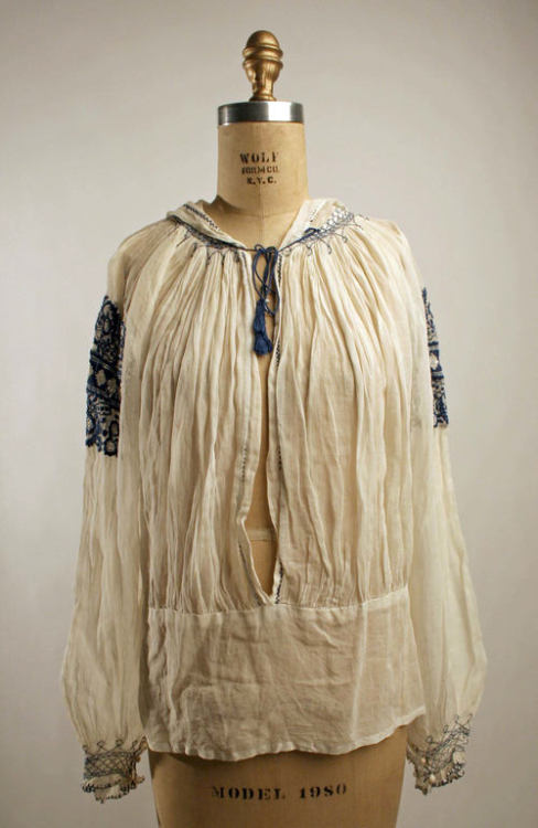 Peasant blouses inspired by the traditional fashion of Eastern Europe became very popular summer fashion in the late 1910s and have remained so every since. This blouse dates to 1921 or 1922.