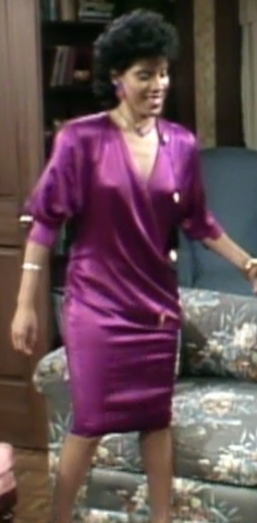 Clair Huxtable Mom Style Icon