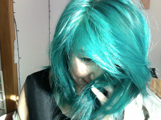 nadiayui:  i miss my green hair :c