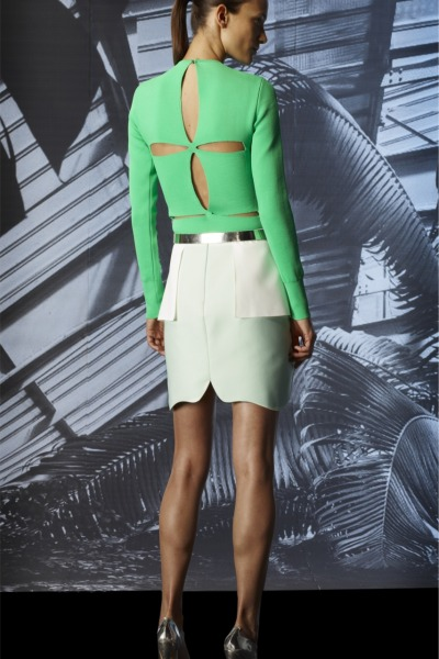 Mugler Pre-Spring 2012(Photo: vogue.it)
