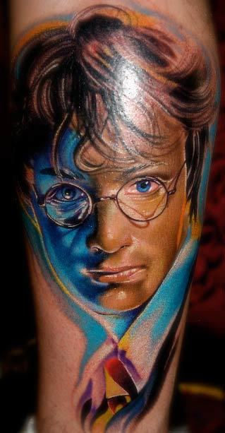 Harry Potter tattoo. cherriedragon:  Here's for all you Potter Heads out there Artist: Mike Demasi