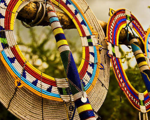 evaixchel:  Colorful Maasai Mara accessories by wandernlust on Flickr.