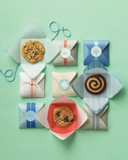 Single-Serving Sweets Packaging Package your gifts with love. Click here to find out more of the easy-to-use clip art and templates for wrapping presents and favors.