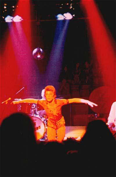 David Bowie on stage Hanley (uk) may 5th 1973